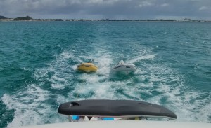 Our two dinghies in tow, the sailing dinghy on the davits and the inflatable kayak on top ... we bring the fleet with us :)